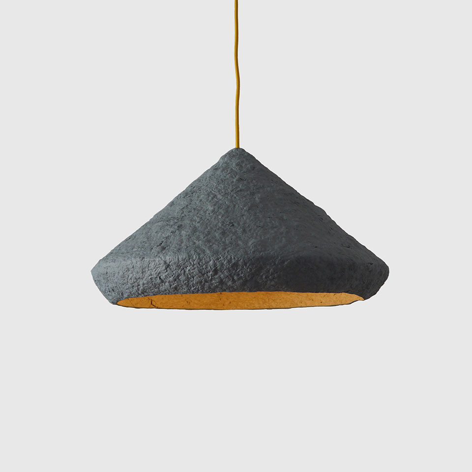 Paper-pulp-lamp-Mizuko-grey-1