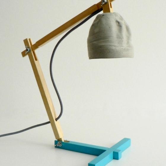 """""""Metamorfozis"""" desk lamp"""