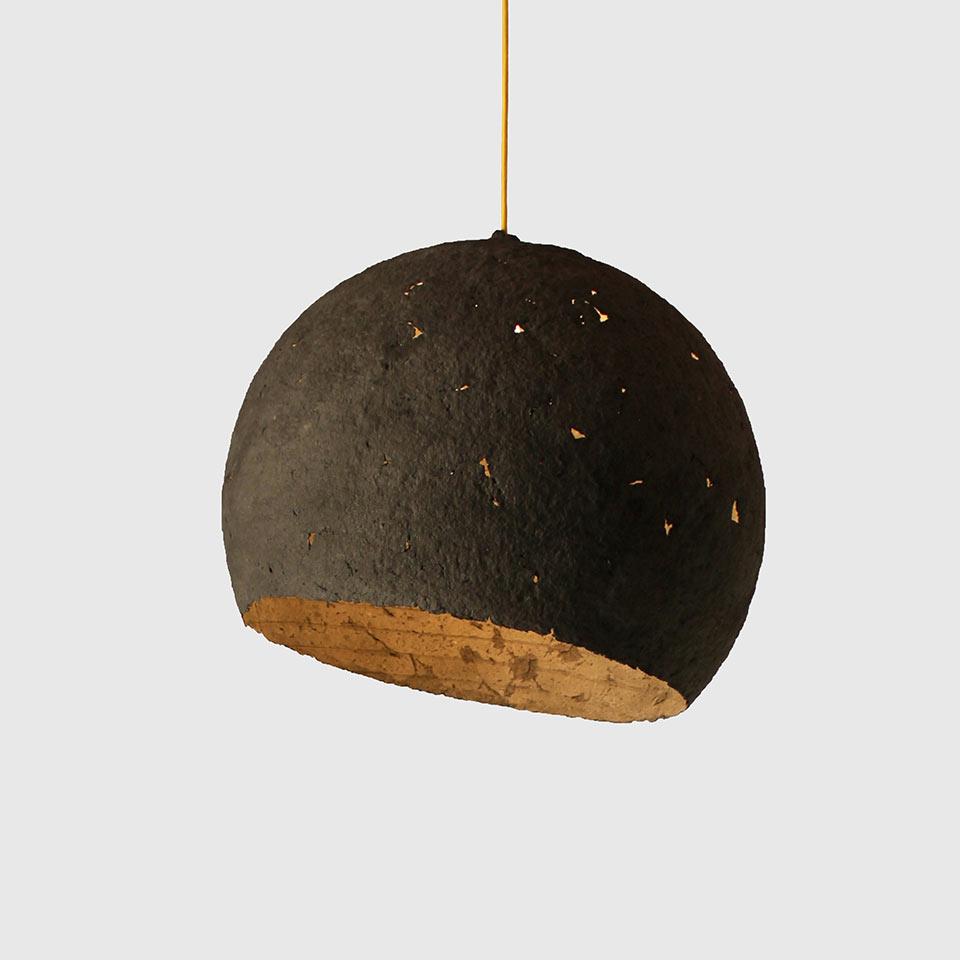 paper-pulp-lamp-luna-2