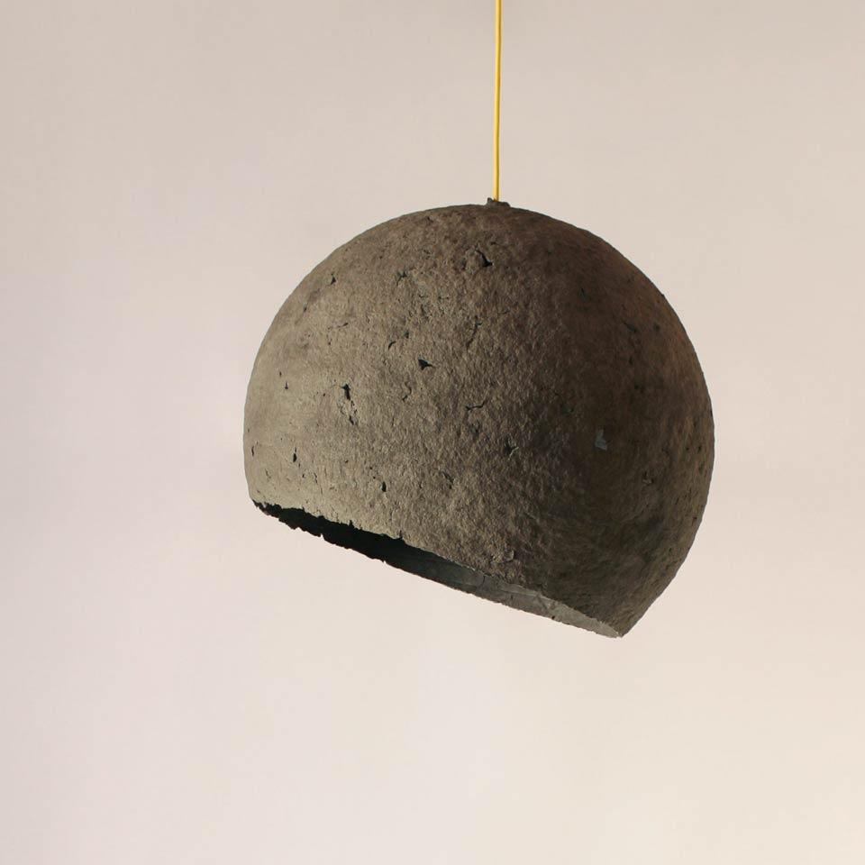 Paper pulp lamp Luna